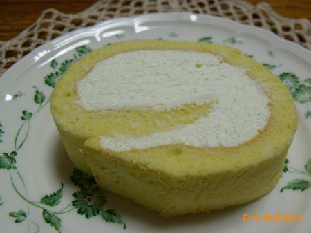 コンビニ風ロールケーキ