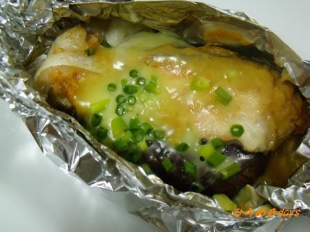 秋鮭となすの味噌ホイル焼き