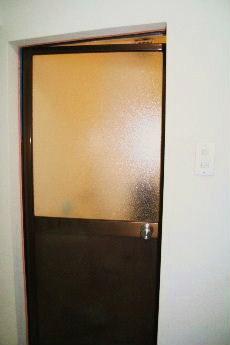 バスルーム 扉