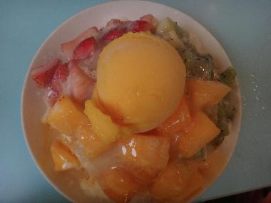 フルーツミックスかき氷