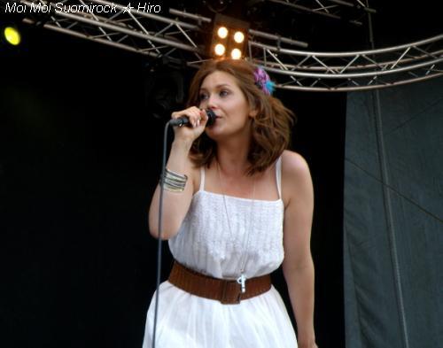 Radio Aalto concert Laura Närhi 12.06.2011