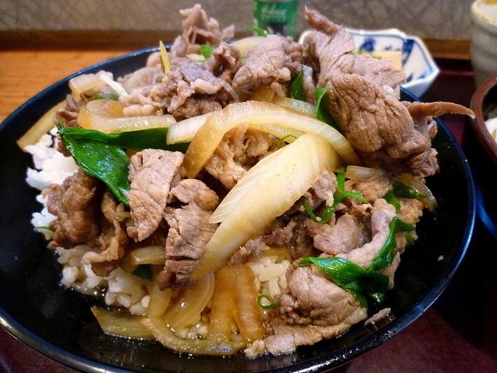 孝助肉丼4