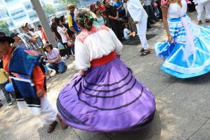 FELIA DE LAS CULTURAS AMIGAS 2009-04