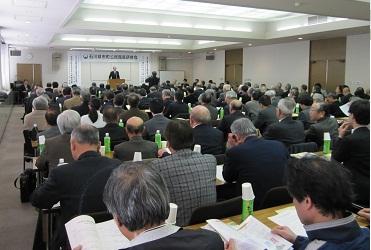 谷村会長(金沢市公民館連合会副会長)の開会のあいさつ