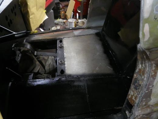 車内塗装 (2)