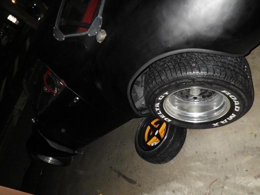 タイヤを洗う