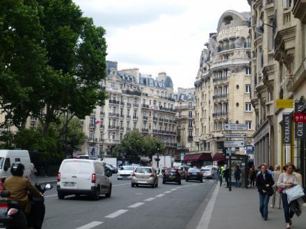 パリ110