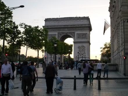 パリ136