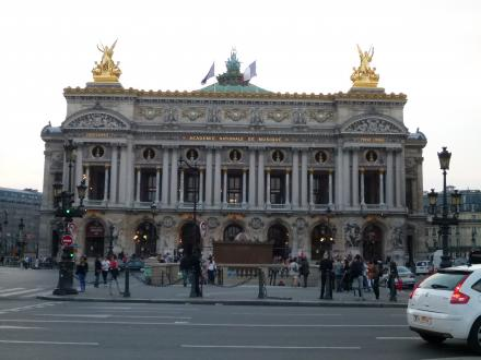 パリ147