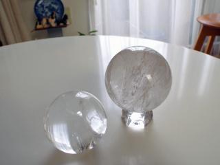 水晶玉×2(ブラジル産&ガネーシュヒマール産)