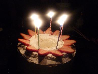 誕生日ケーキは手作り