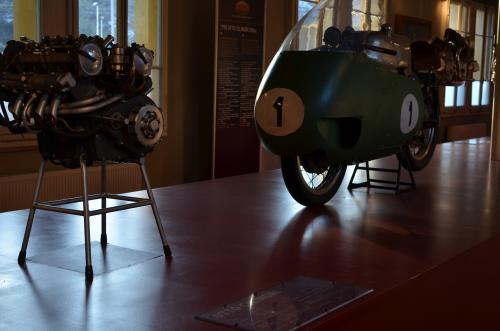 モトグッチ(Moto Guzzi)博物館