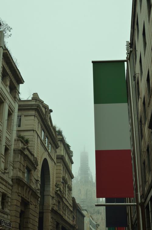 madonna+di+milano convert 20130109085040 - 霧のマドンナ