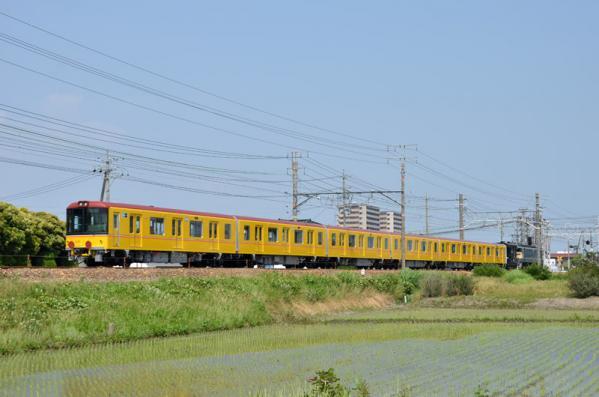 東京メトロ1000系電車甲種輸送(8862レ)