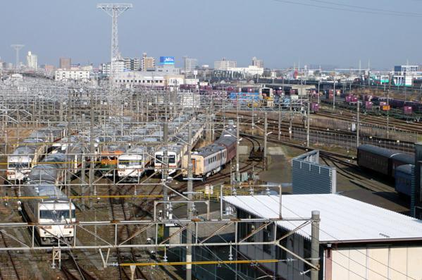 浜松運輸区の解体待ち車両(2013年3月19日)