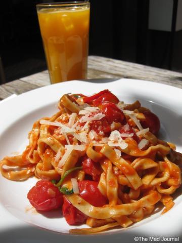 Tomato spagetti