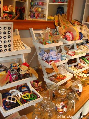 handicraft goods