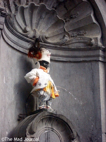 manneken pis dress up