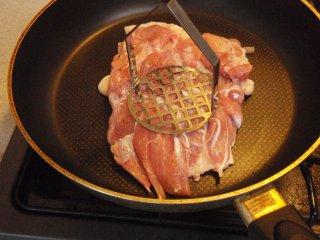 s鶏モモのパリパリ焼き2