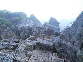 s04宝剣岳への鎖場