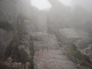 s02岩壁