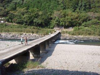 s28半家の沈下橋
