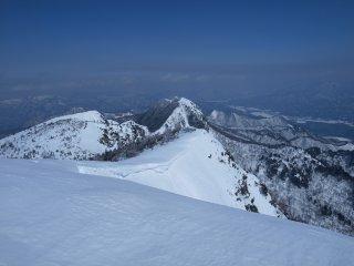 s04山頂の先