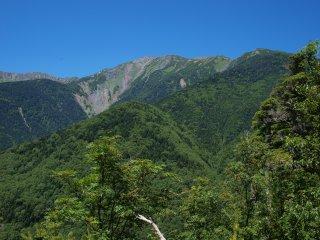 s04見晴台から荒川岳方面