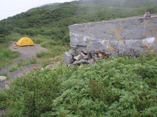 s09兎岳避難小屋3