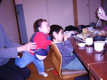 23-03-05心珠桃の節句お祝い一幸にて (19)