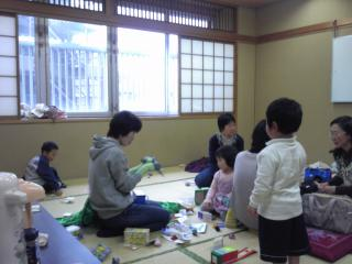 ぴよぴよママカフェ4月-1_convert_20120420101534