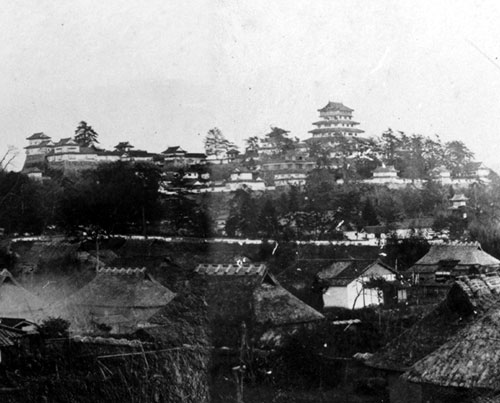 Tsuyama_Castle_old_potograph (1)