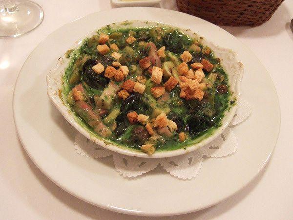エスカルゴとマッシュルーム、ベーコンのオーブン焼き ブルゴーニュ風