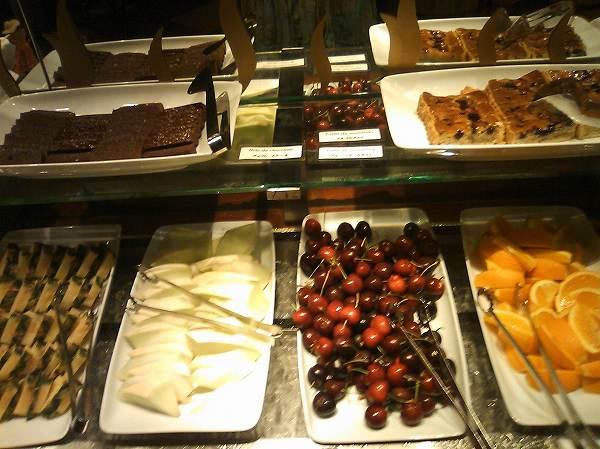 トゥッカーノ dessert
