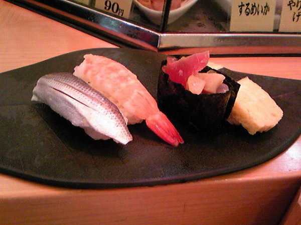 立ち食いちよだ寿司築地店 ushio 1 590yen