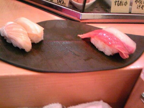 立ち食いちよだ寿司築地店 ushio 2 590yen
