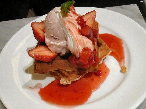 紅鹿舎 waffle