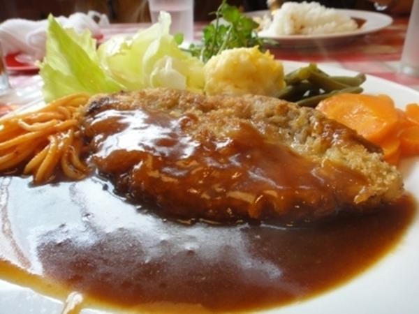 キッチン・ボン beef cutlet