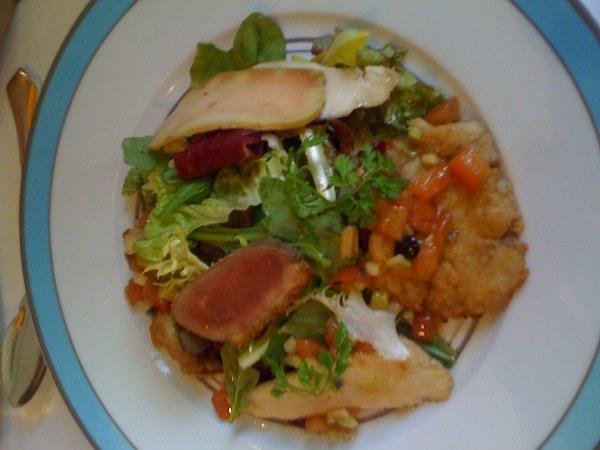 シェ・イノ 牛喉肉のサラダ