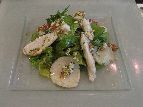 シェ・イノ 魚介類のサラダ