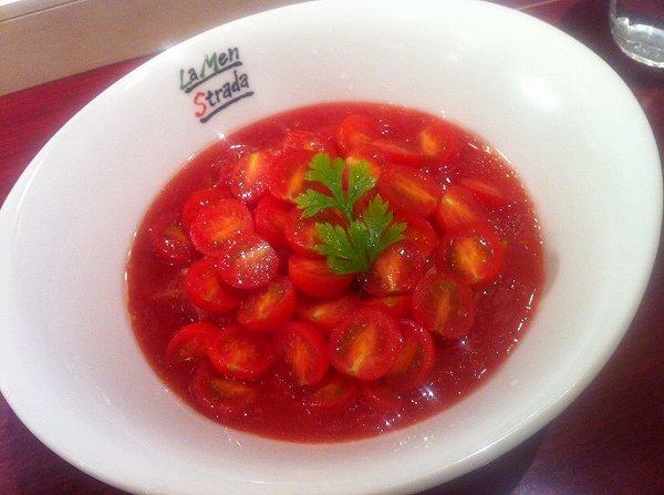 due Italian 冷製トマト麺 赤