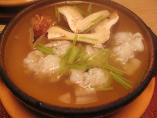 京味 鱧松茸鍋