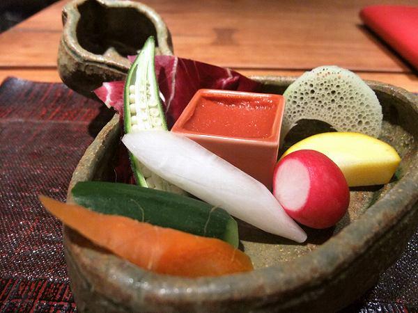食幹 生野菜とトマト味噌