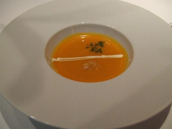 シェ・トモ かぼちゃのポタージュスープ