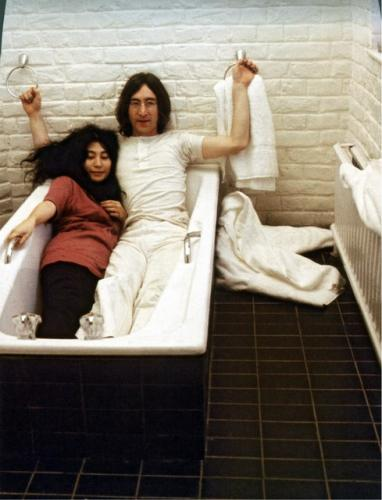 John+Lennon++Yoko+Ono.jpg