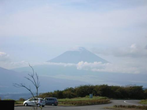 伊豆スカイラインの展望台から撮った秋の富士山