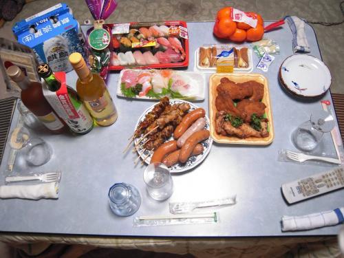 我が家でのクリスマスパーティー+忘年会酒盛りの料理写真ですわよん