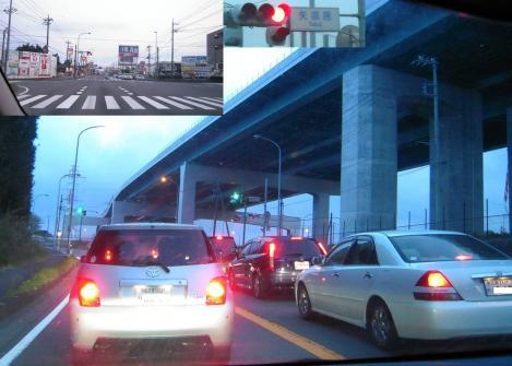 薄暗くなった帰り道の御殿場246バイパス沿いで右に見えるのが第二東名高速道路でヤバい交差点たる矢場居交差点を過ぎた頃の写真画像
