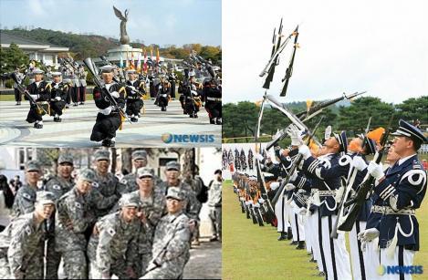 韓国の徴兵制の兵役のカチューシャの部隊のデジカメ写真