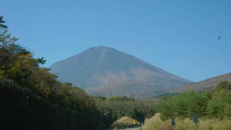富士山の写真で東富士五湖道路にて埼玉へドライブ中に撮影したデジカメ写真